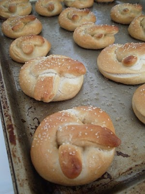 Mini soft pretzels | Snacks | Pinterest