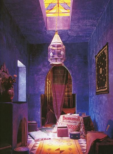 purple walls. golden light.lanterns. arches. all the things I love.