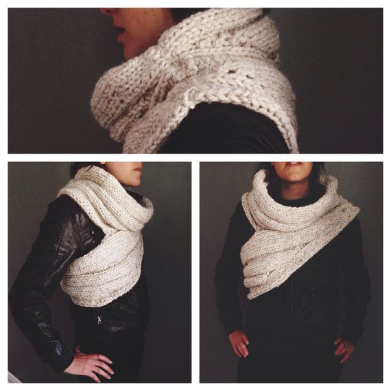 Katniss Cowl by AddieBooAccessories on Etsy