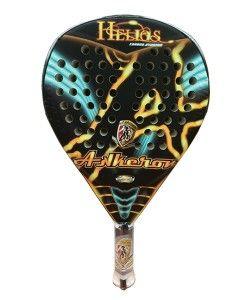 Pala de Padel Akkeron Helios Amarilla 2014, es una raqueta de mucha potencia, fabricada en carbono puro. Esta pala esta destinada para jugadores de Nivel Profesional.  http://www.newpadel.es/palas-padel-akkeron/1722-akkeron-helios-amarilla.html