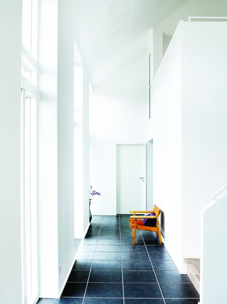 OneRoom hallway