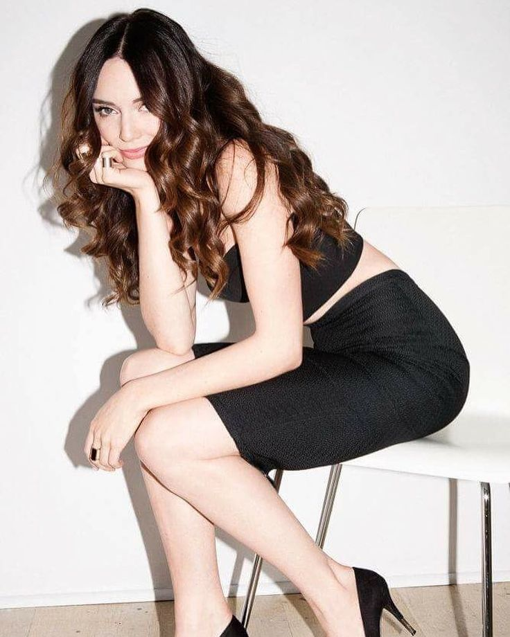 "Mallory Jansen has been cast as Aida the robot in ""Marvel's Agents of S.H.I.E.L.D."" She was last seen in ""Galavant."" Great casting. #MalloryJansen #AIDA #AgentsofSHIELD #Aos #SHIELD"