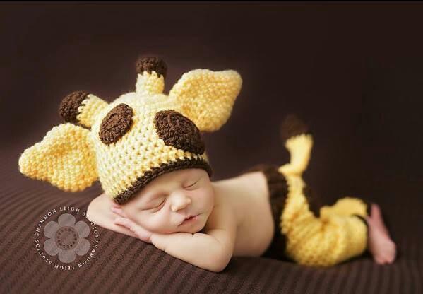 Crochet Newborn Outfits : Crochet Baby Giraffe Outfit: Hats, Newborn Baby, Babies, Baby Giraffes ...