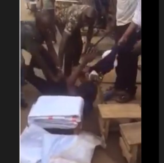 VIDEO: Policeman brutalises man for not allowing him to shunt queue at ATM