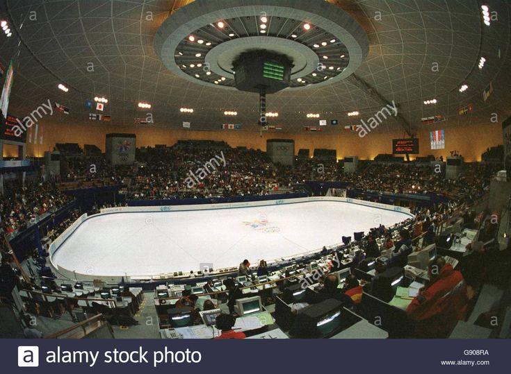 Figure Skating - Winter Olympics - Nagano 1998 - Pairs Short Stock Photo, Royalty Free Image: 108801038 - Alamy