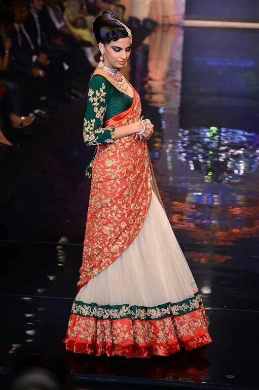 Gorgeous #Lehenga by http://www.ShyamalBhumika.com/ <3