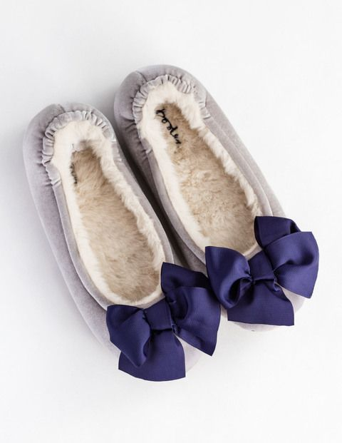 Velvet Bow Slipper AR794 Slippers at Boden