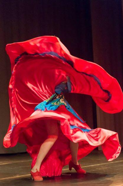 Danze Gypsy by Victoria Ivanova