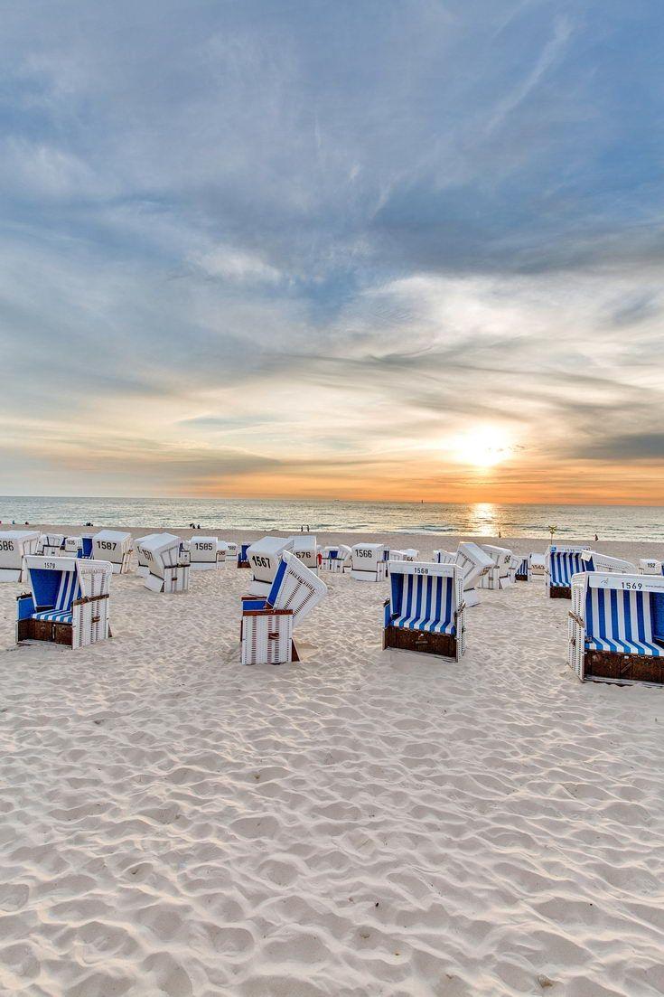 Sonnenuntergang am Strand von Westerland auf Sylt – Nordsee