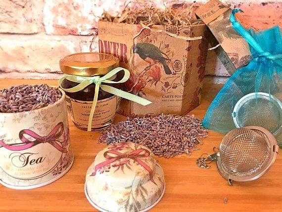 Forest Honey and Lavender Tea Gift Box  the Perfect gift for #gifts #giftsforher #giftsformom #perfectgift  #teaboxgift #teagift  #greektea #greekmountaintea #sideritis #tealovergift  #greekhoney #unprocessedhair  #organicfood #brewingset #brewingkit #giftforwomen #teasetgiftbox