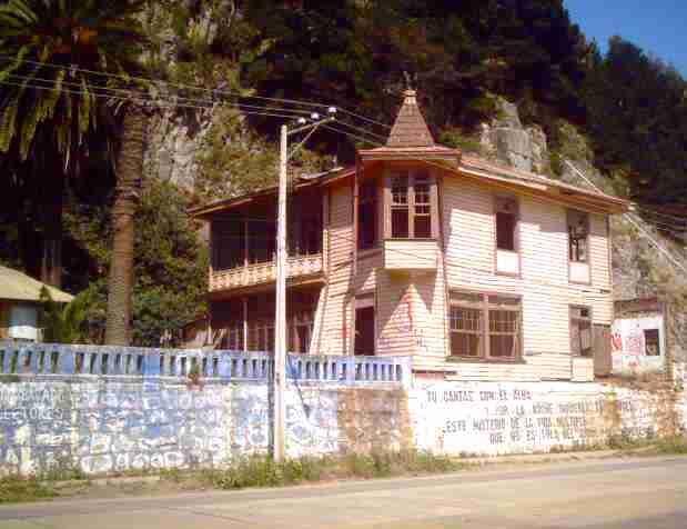 Casa abandonada, último testigo de la época en que Conti era un balneario top.