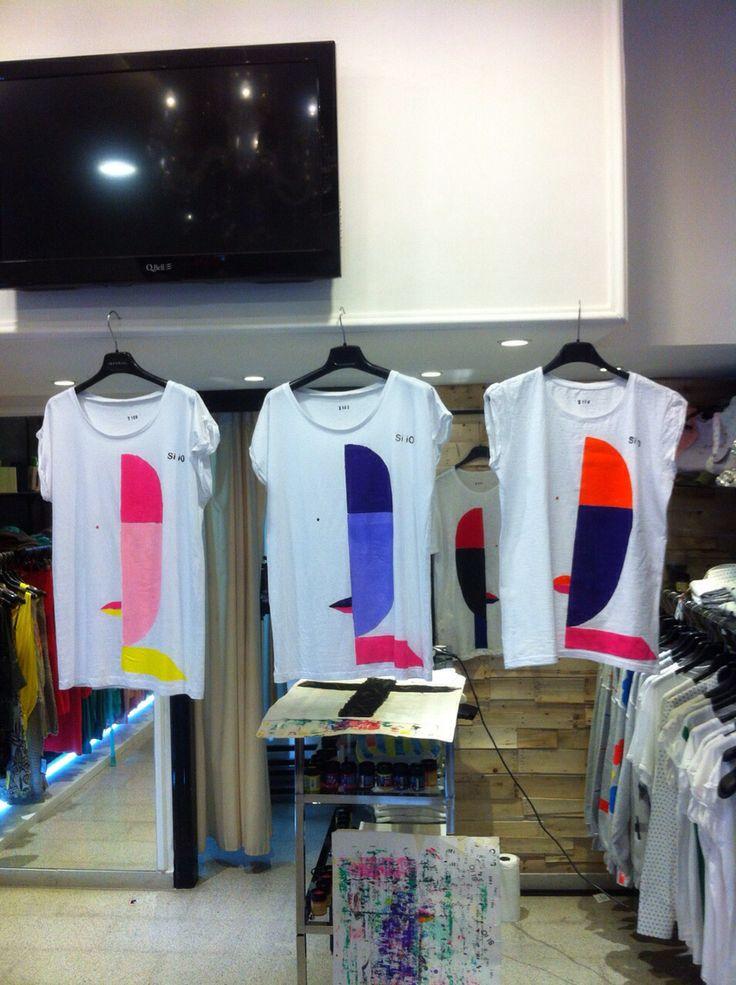 Nuove t-shirt Si iO dipinte a mano, uniche, originali! Le trovate sul nostro nuovo shop on line www.siioabbigliamento.com#siio #tshirt #new #dipinteamano #shoponline #forman #forwoman #spring #summer #italianstyle #followus