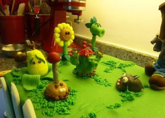 Plants vs Zombies birthday cake