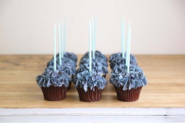 Jenny Steffens Hobick: Hydrangea Cupcakes + How To Video