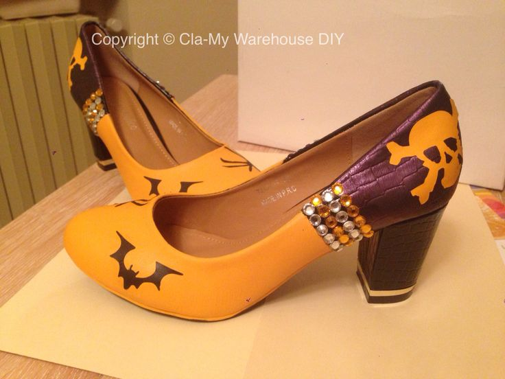 Scarpe da strega fai da te... Witch shoes diy.. #diy #shoes #halloween