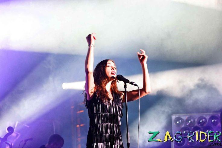 Olivia Ruiz était en concert au Grand Pruneau Show à Agen