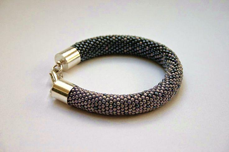 Ukośnik ciemnostalowy #bead crochet #bracelet #handmade