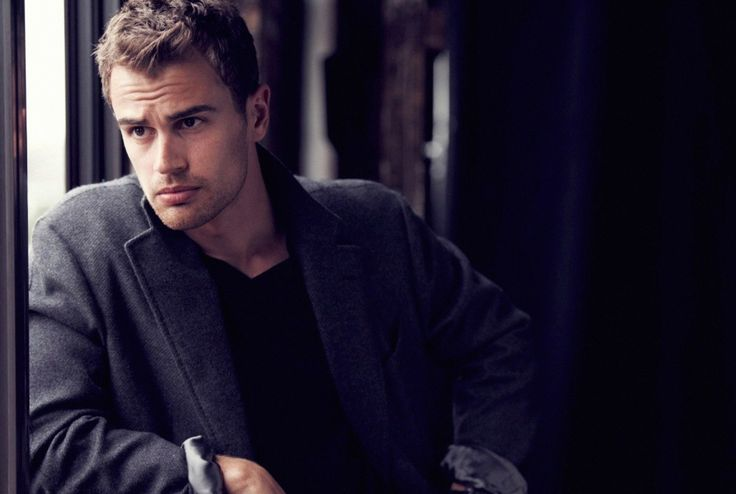 Chris Boals Artists - News - Matthew Brookes shoots Theo James for Vanity Fair : Lookbooks - the Technology behind the Talent.