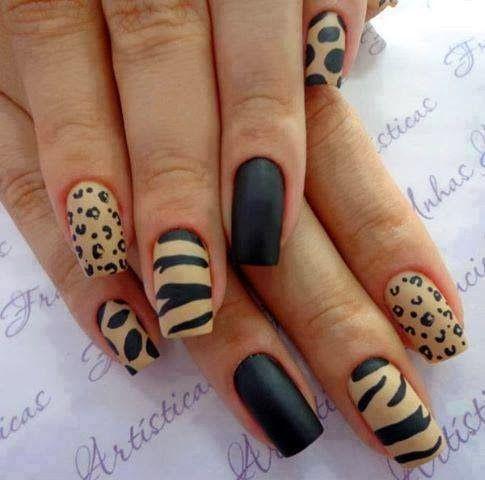 Solo a la Moda: Diseño de Uñas