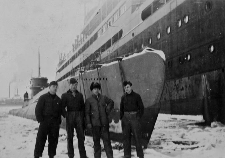 U-118 (Type XB)   U-Boats (1903-1945)   Pinterest   Photos