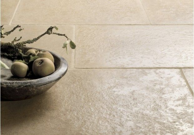 Soft pale English Limestone Tiles sourced from Lincolnshire quarries