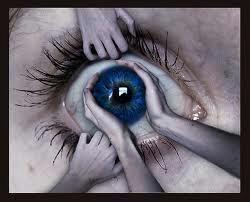 Das Auge ist weit offen