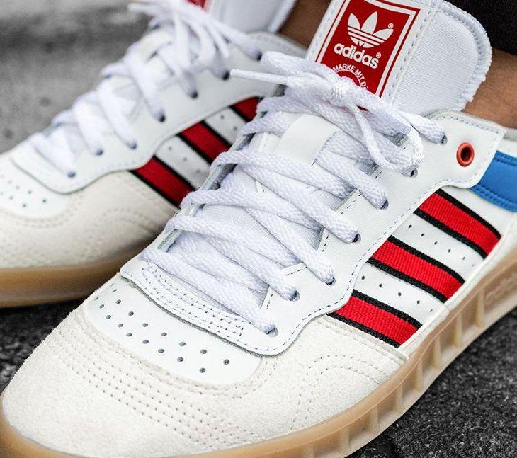 basket adidas handball top basse blanche 3 bandes rouges