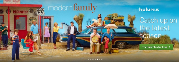 What A Great Shot Of The Modern Family Cast Via Hulu Modern Family Tv Show Modern Family Modern Family Season 4