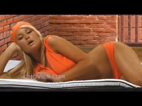 Paris Hilton in jail(video)