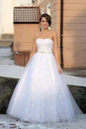 Svatební šaty - Svatební studio Nella