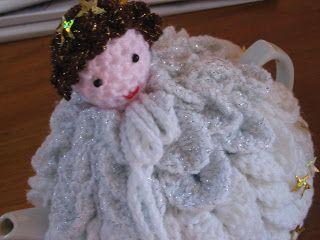 crochetroo: Christmas Angel Tea Cosy - crochet