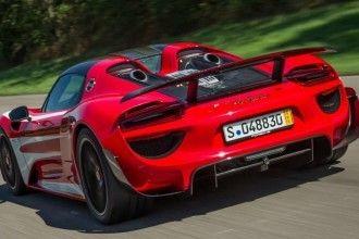 Mark Webber Gets One-Off Porsche 918 Spyder