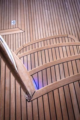 R77 Enclosed Flybridge Cockpit stairs.jpg
