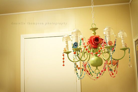 inspiration for my fugly living room light fixtures. They aren't mine, so i cant paint them, but i can decorate!