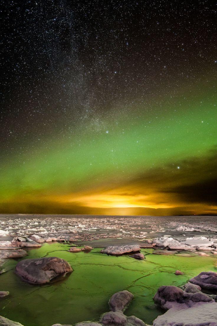 Distant light - Last night at archipellago
