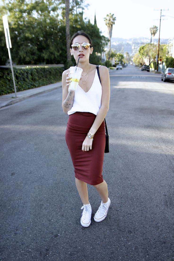 Alex's Closet - Blog mode et voyage - Paris | Montréal: LEMONADE burgundy body con + tee #StreetStyle