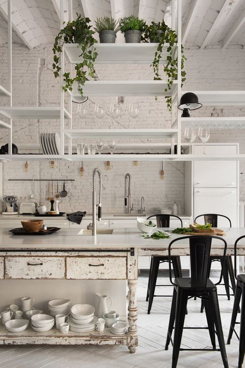 white kitchen in Barcelona