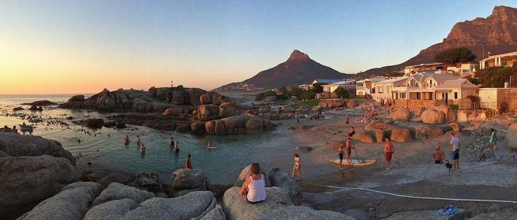 Your Guide to Bakoven Holiday Rentals & Luxury Accommodation.     Cape Town Vacation Rentals - Serviced & Furnished Holiday Homes, Villas, Bungalows and Apartment Rentals throughout the Western Cape.