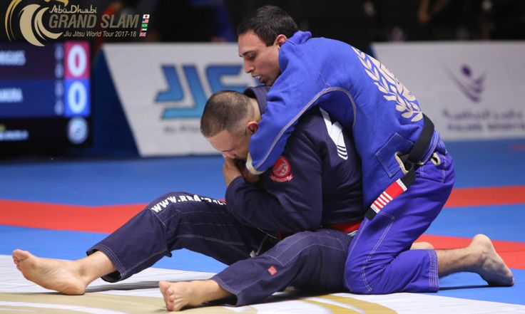 Grand Slam Tokyo: Café finishes Ricco Rodriguez on Legends HW match; moves on to challenge Pé de Pano for the belt http://jiujitsumag.com/grand-slam-tokyo-cafe-finishes-ricco-rodriguez-on-legends-hw-match-moves-on-to-challenge-pe-de-pano-for-the-belt/?utm_content=buffer8cbc8&utm_medium=social&utm_source=pinterest.com&utm_campaign=buffer