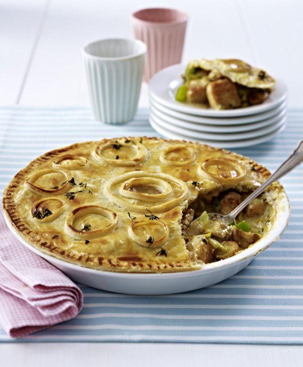 Unser beliebtes Rezept für Geflügel Pie und mehr als 55.000 weitere kostenlose Rezepte auf LECKER.de.