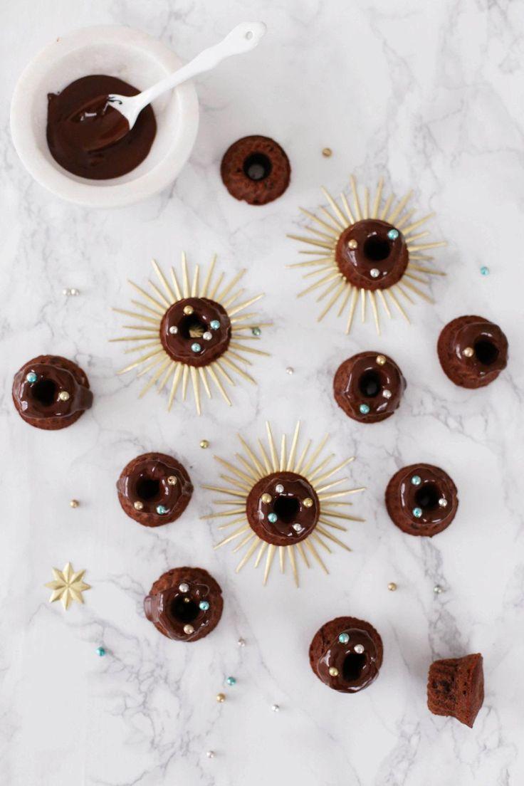 Keine Lust auf Brunsli? Dann bieten sich die kleinen Kakao-Gugelhöpflials Alternative an. (Alle Bilder: Yvonne Bauer)