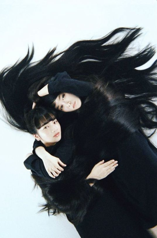 Nana Komatsu 小松菜奈 and Kiko Mizuhara 水原 希子