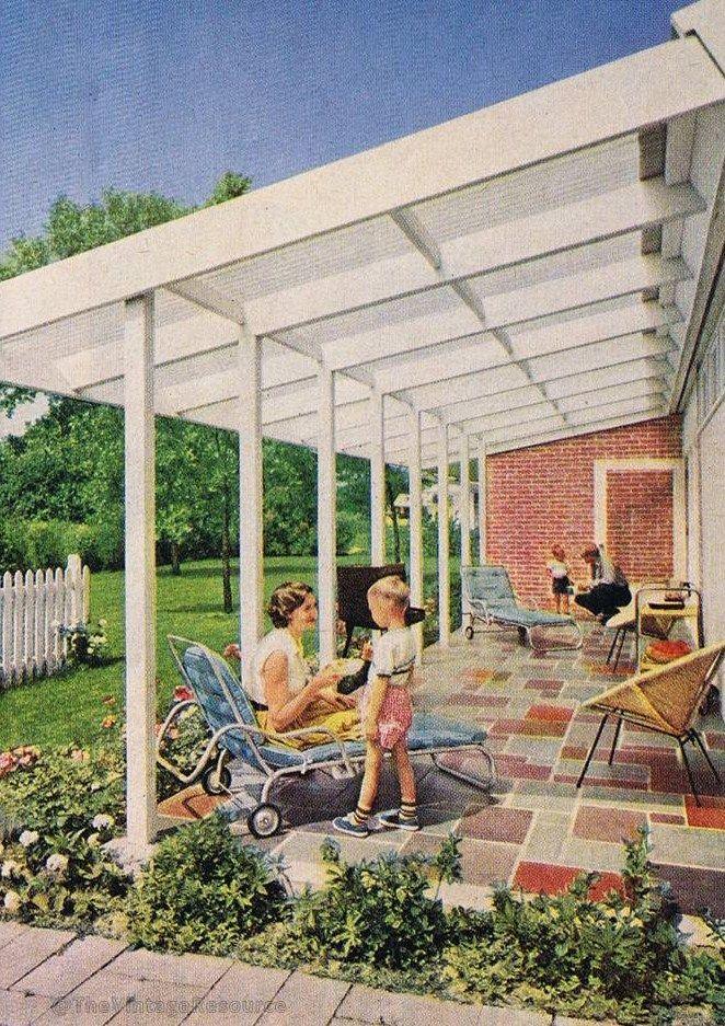 mid mod backyard patio