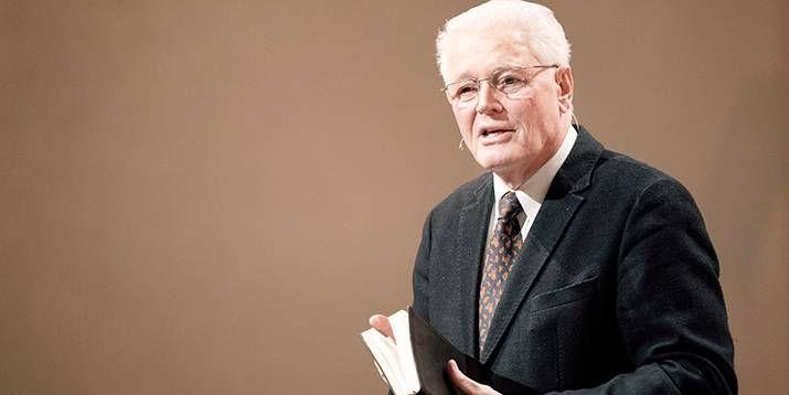 """Der Vorsitzende des """"Netzwerks Bibel und Bekenntnis"""", Pfarrer Ulrich Parzany. Foto: Zimpfer Photography"""