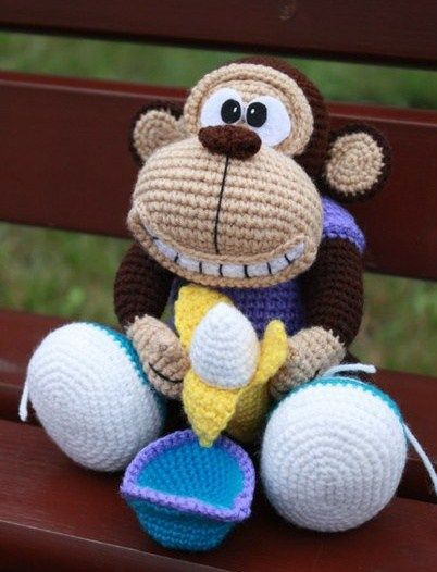 monkey free amigurumi crochet pattern