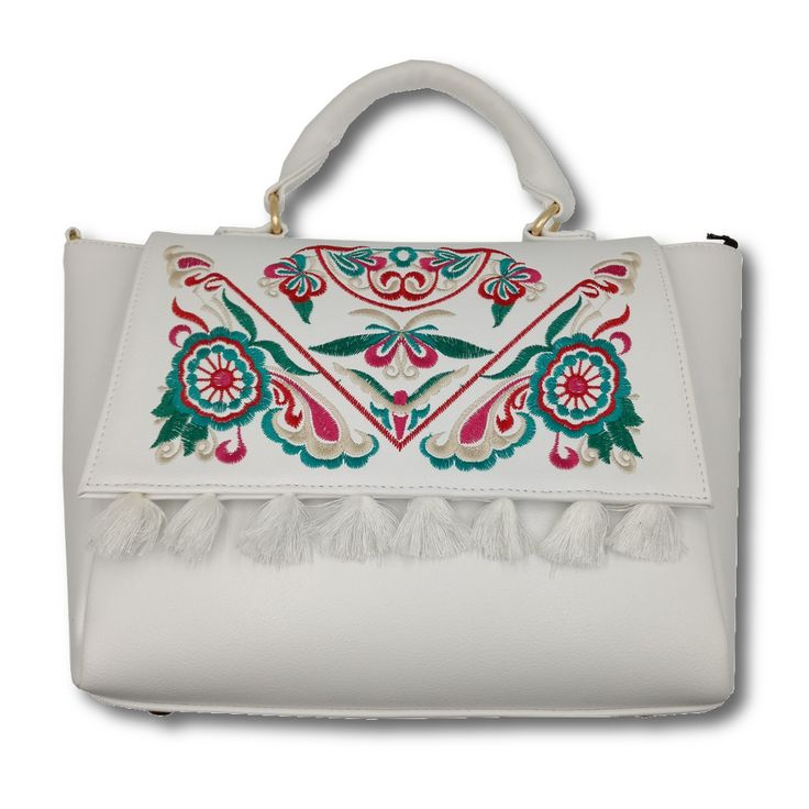 Bolsa tipo Satchel, fabricada en piel de vaca, bordada y borlas. #Bolsa #piel #tipo #Satchel #color #blanco #bordada #borlas #finelookingstore   Leather Hand Bag, Satchel form, Embroidered with Tassels #Leather #Hand #Bag #Satchel #form #Embroidered #Tassels #white #color #Finelookingstore