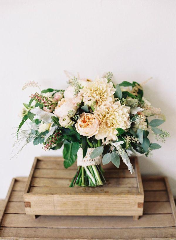 Cafe au Lait Dahlia Bouquet | Caroline Tran Photography | Naturally Elegant Barn Wedding in Peach and Green