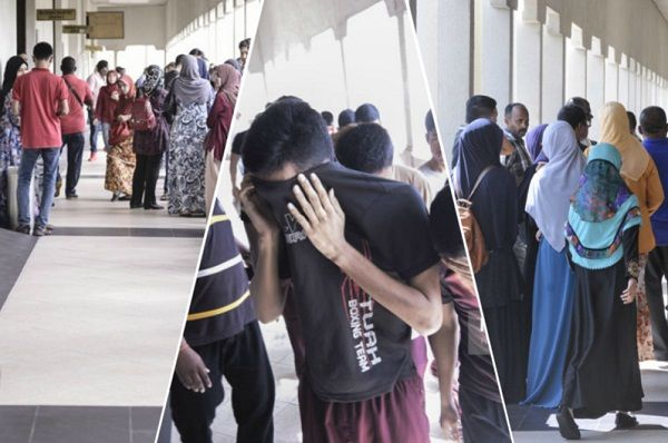 Ibu-ibu remaja dituduh bunuh Zulfarhan menangis teresak-esak   Suasana tegang sesak dan air mata menyelubungi Mahkamah Majistret Jalan Duta di sini hari ini kerana perbicaraan bagi kes bunuh Pegawai Kadet Laut Zulfarhan Osman Zulkarnain.  Kawasan dalam perkarangan dan lobi mahkamah dipenuhi keluarga dan saudara lima pelajar Universiti Pertahanan Nasional Malaysia (UPNM) yang didakwa bagi siasatan kes tersebut.  Setiap ruang di dalam kamar mahkamah di bahagian tempat duduk awam dipenuhi ibu…