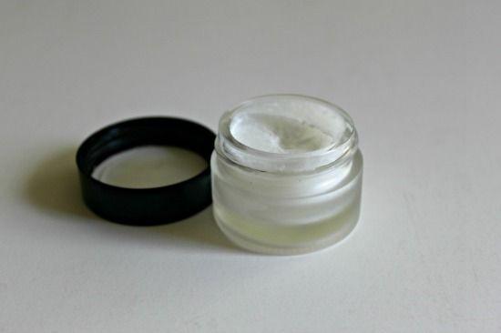 k a l a n i c u t: A Pin Test #11: Homemade Eye Cream