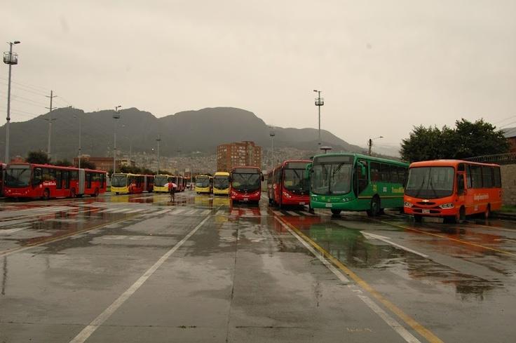 Buses del Sistema Integrado de Transporte SITP de Bogotá